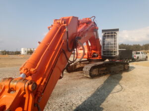 mining-earthmoving-equipment